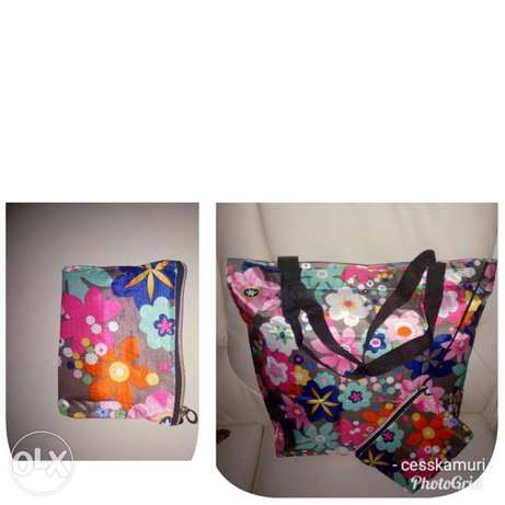 Ladies shopping/travelling bags at 300bob each for wholesale price Nairobi CBD - image 5