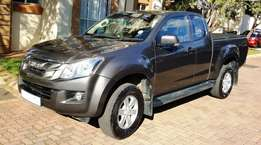 2015 Isuzu - KB 250D-Teq LE Extended Cab (Charcoal Grey)