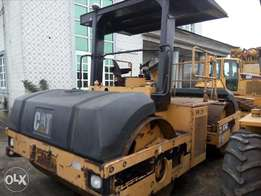 Caterpillar drum-drum CB-634 foreign used for sale