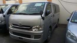 Toyota Hiace automatic diesel 2009 model