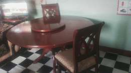 Home furniture_ dining table