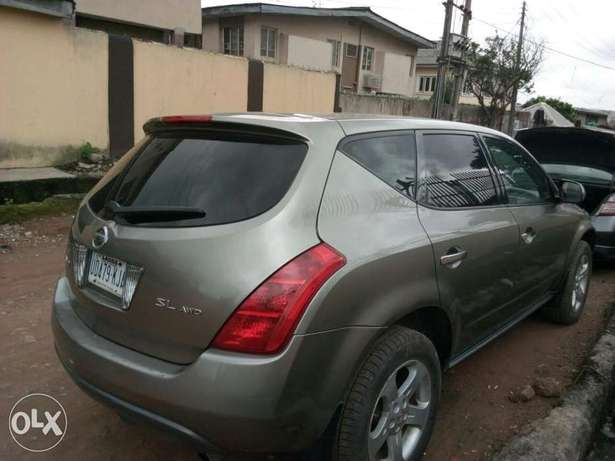 ADORABLE MOTORS: An extremely clean & sound 2004 Nissan Murano 4 sale Lagos Mainland - image 6