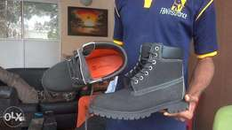 Timberland Black Boot