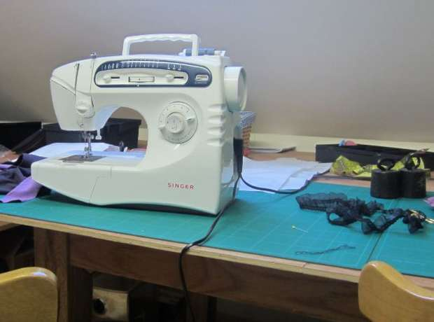 Singer Sewing Machine 5430c - excellent condition Mombasa Island - image 2
