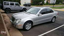 Clean 2003 Mercedes-Benz E320 Sedan (full-options)
