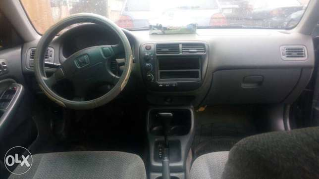 Honda Civic 2000 for sale at an affordable price Lagos Mainland - image 3