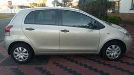 2009 toyota yaris T3 5dr -65500km only!!