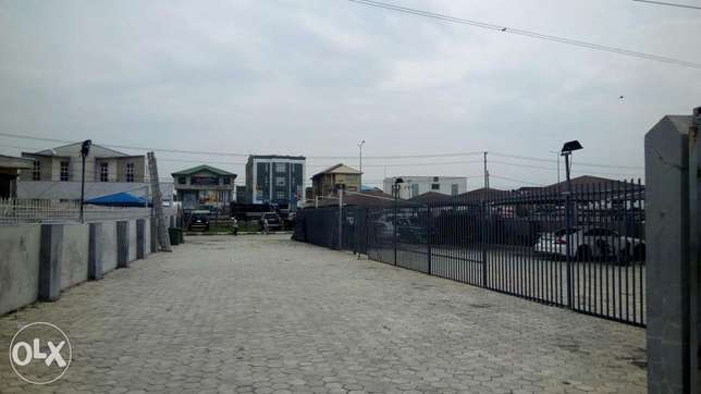 Shopping Plaza/ Office Complex before Chevron Lekki-Epe Express, Lekki Lekki Peninsula - image 4