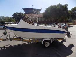 seacat 510 on trailer 2 x 70 hp yamaha trim & tilts low hours