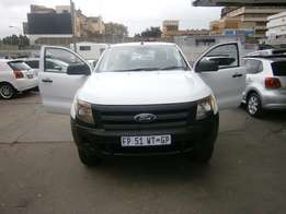 Ford Ranger 2.2 single cab 101000km white in color R175000 manual 2012