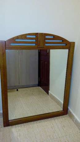 Large American style dress mirror encased in solid wood Kileleshwa - image 2