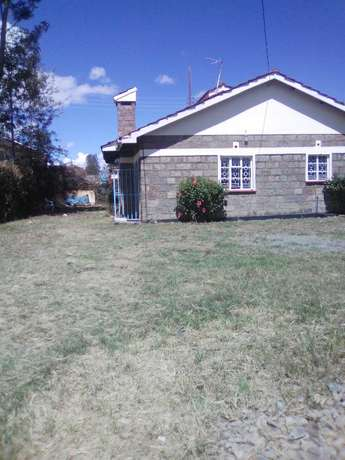 3 Bedroom Master En-suite House to let at Rongai-Own Compound City Centre - image 1