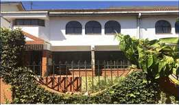 Raphta rd elite 4 br town-house to let