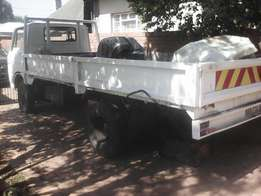 Truck body with g/box but no engine