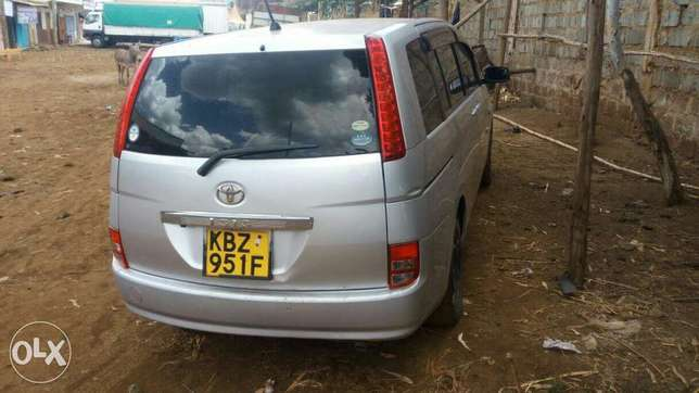Toyota Isis quick sale Embu Town - image 1