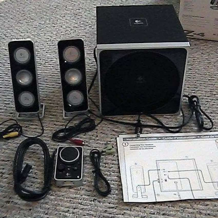313a278bf63 Logitech Z4 speakers with Subwoofer - TV, Audio & Video - 1052112286 ...