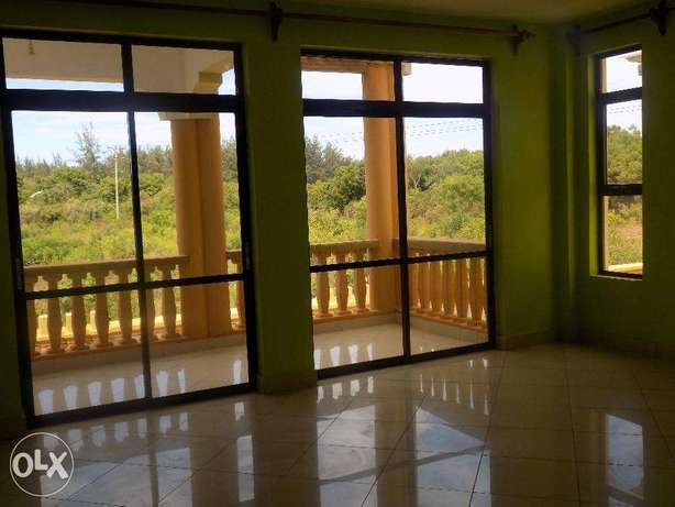 2 EXECUTIVE VILLA'S For Sale in Mtwapa at 90M. Mtwapa - image 5