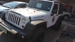 **2012 Jeep Wrangler Rubicon 3.6l V6 2dr** A Must see**