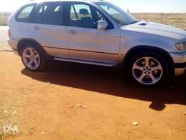 bmw x5 4.6is in very good condition