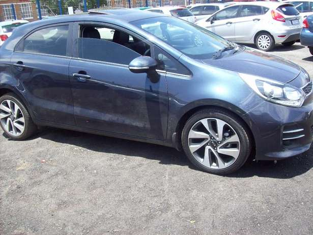 Kia Rio 1.5 2016 Model,5 Doors factory A/C And C/D Player Johannesburg CBD - image 4
