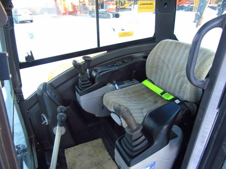 Volvo Ec27c - 2012 - image 9