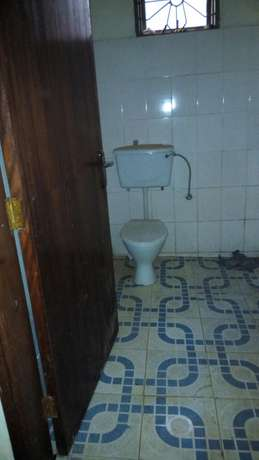 2 bedroom house behind coca cola at 350k Kampala - image 4