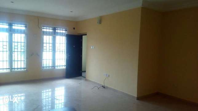 A spacious 2 bedroom flat Lugbe - image 4