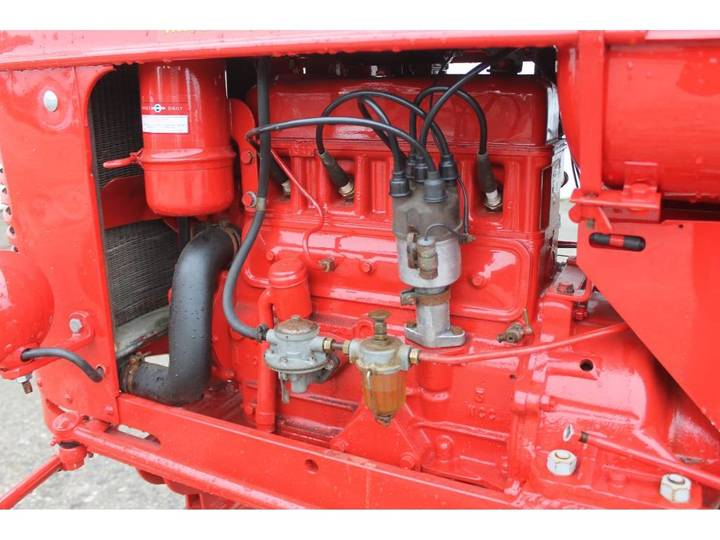 Massey Harris  Pony Benzine Tractor - 1955 - image 20