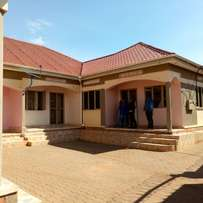 Super self contained double for rent in najjera at 350k