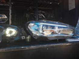 Good condition Genuine clean BMW X5 RHS headlight(xenon) for sale