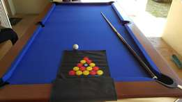 United pool table coin operating R2 table in great condition