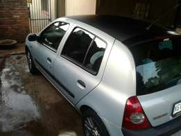 Immaculate renault clio II