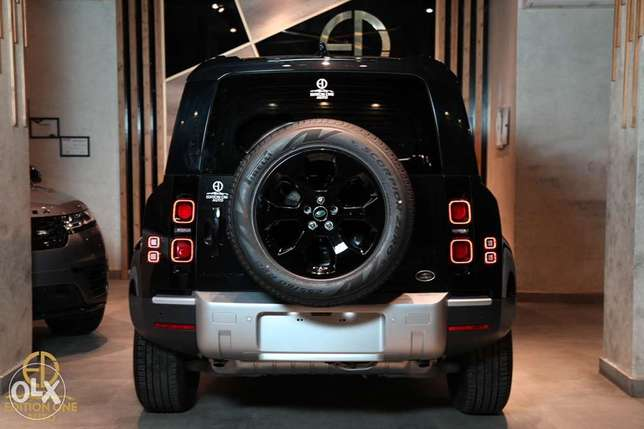 Land Rover DEFENDER P300 HSE شيراتون -  4