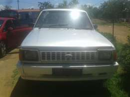 I'm selling Ford corior