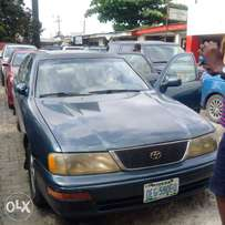 clean 99 toyota avalon for sale