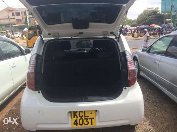 Quick sell 2010 Toyota Passo clean Buy and drive call for viewing Nairobi CBD - image 6