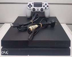 quick sale on a pre owned ps4 with fifa game