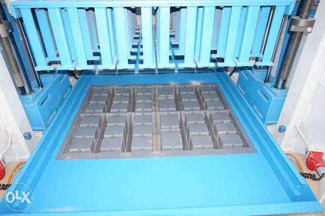 High quality vibration compression moulds الرياض -  5