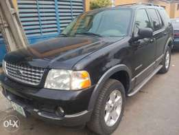 2004 Ford Explorer Leather