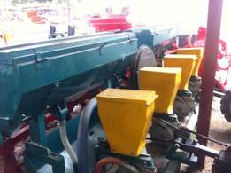 Mult-seed Planter With Pressure, 8 Rows