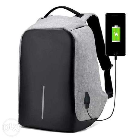 Travelers favorite laptop backpack can fit 15 inch laptop