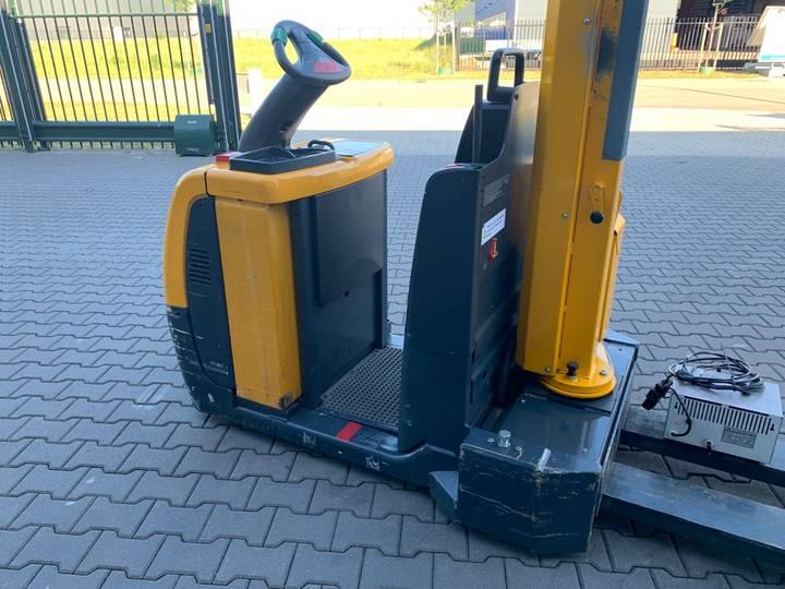 Jungheinrich ECE 225 palletwagen met kraan - image 5
