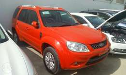 Ford Escape XLT KCN. WE DO HIRE Purchase