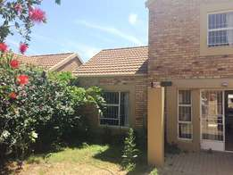 Stunning 4 bedroom townhouse to rent in Wilgeheuwel
