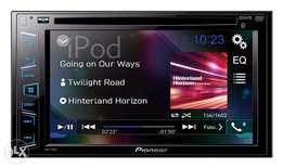 Pioneer radio with video screeen and bluetooth AVH-295BT