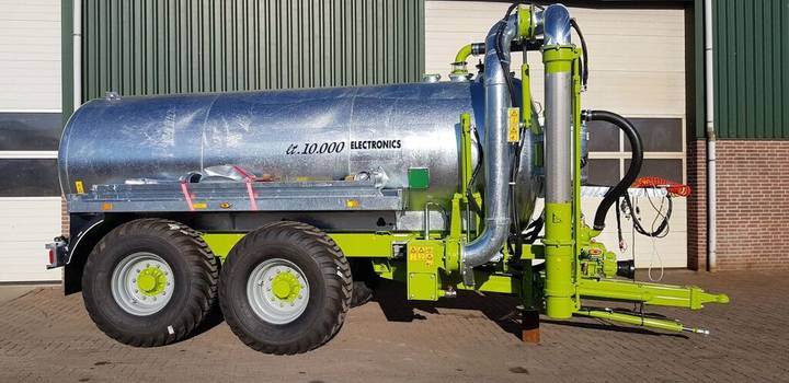 new vaia  mb100 watertank met uitschuifbare zuigarm tanker