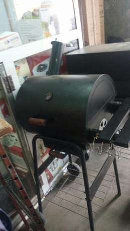 Barbecue charcoal grill new small siz 18000 Big siz 25000 Nairobi CBD - image 5