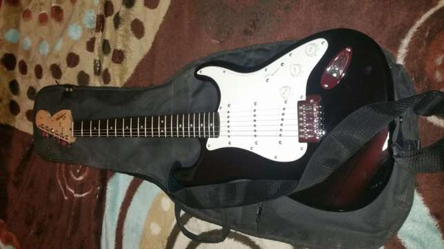 Fender Electric Guitar With Loads Of Extras Parow - image 3