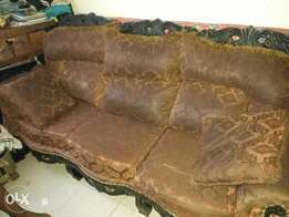 Unique Antique sofa set