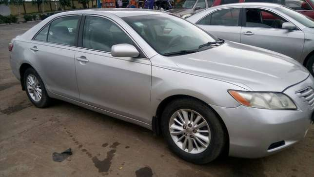 Clean Registered 2007 Toyota Camry Lagos Mainland - image 6